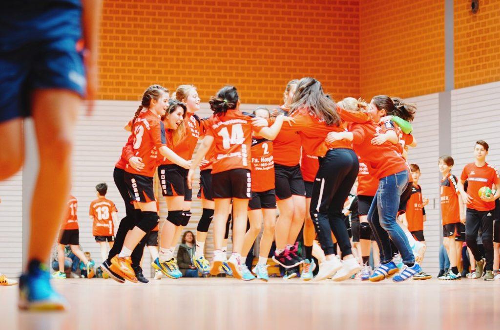 Weibl. D-Jugend sichert sich Meisterschaft im letzten Heimspiel
